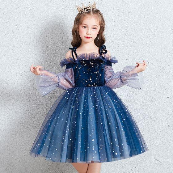 Schöne Königliches Blau Geburtstag Blumenmädchenkleider 2020 Ballkleid Off Shoulder Geschwollenes Lange Ärmel Star Pailletten Kurze Rüschen