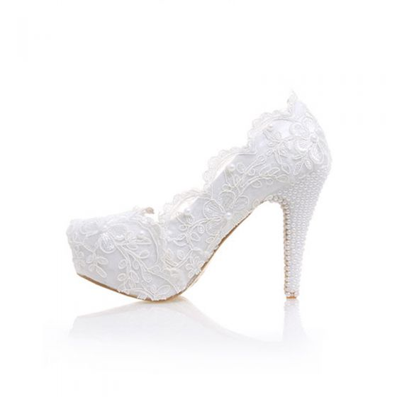 Elegante Ivory / Creme Spitze Brautschuhe 2020 Leder Perle Blumen Wasserdichte 12 cm Stilettos Spitzschuh Hochzeit Pumps