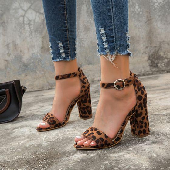 Chic / Belle Marron Vêtement de rue Sandales Femme 2020 Bride Cheville 8 cm Talons Épais Peep Toes / Bout Ouvert Sandales