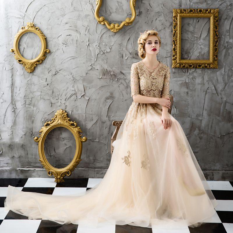 Schöne Gold Abendkleider 2017 Spitze Perlenstickerei Applikationen Durchbohrt Pailletten Abend Ballkleider