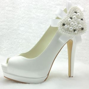 Chic Bridal Shoes High Heel Pumps Stiletto Heel With Pearl