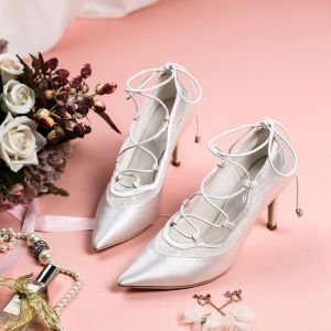 Classic Ivory Wedding Shoes 2019 Leather Lace X-Strap Ankle Strap 8 cm Stiletto Heels Pointed Toe Wedding Pumps