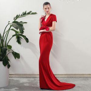 Mode Rot Abendkleider 2019 Meerjungfrau V-Ausschnitt Kurze Ärmel Schleife Sweep / Pinsel Zug Rückenfreies Festliche Kleider