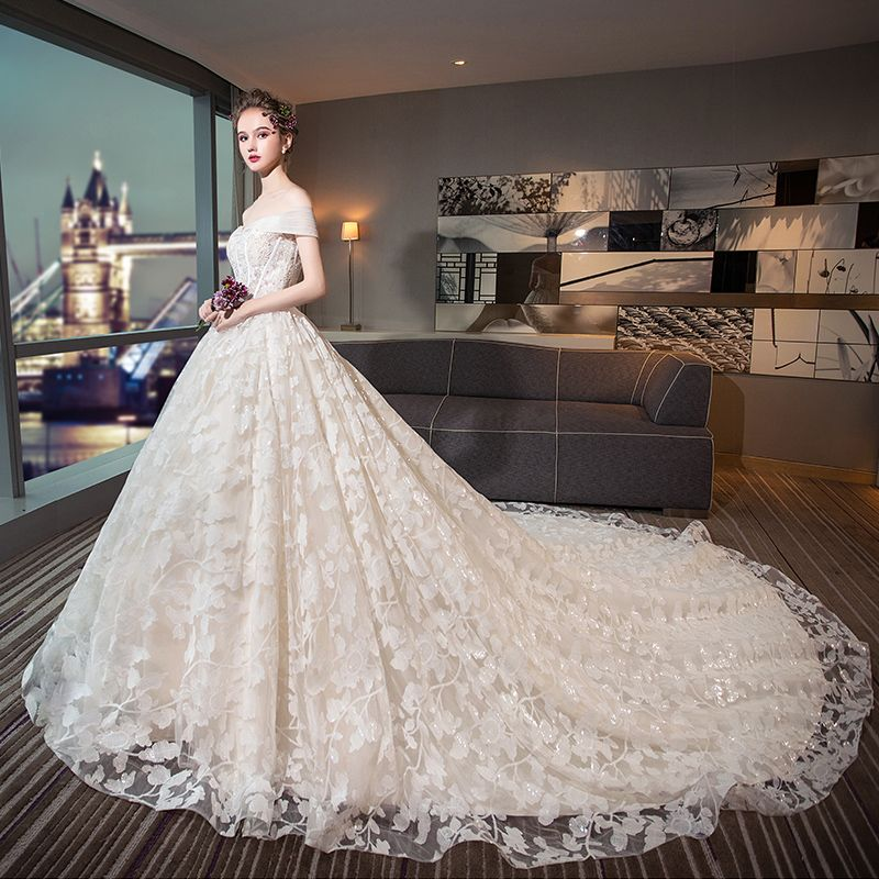 Bling Bling Ivory Wedding Dresses 2018 Ball Gown Off-The-Shoulder Short Sleeve Backless Glitter Appliques Lace Beading Pearl Cathedral Train Ruffle