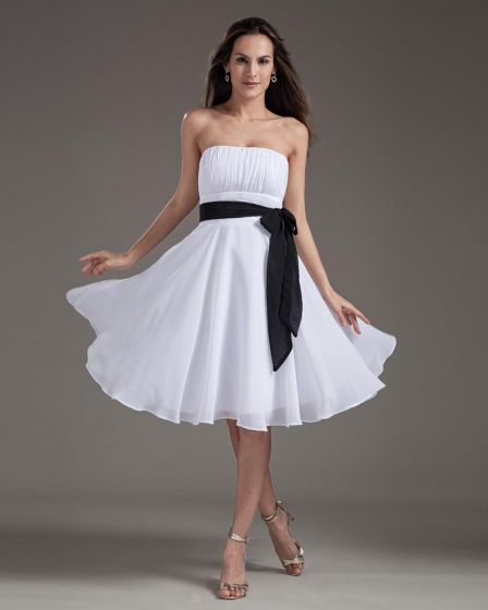 Fashion Strapless Knee Length Chiffon Bridesmaids Dresses