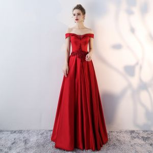 Charming Burgundy Evening Dresses  2019 A-Line / Princess Off-The-Shoulder Beading Appliques Crystal Sequins Short Sleeve Backless Floor-Length / Long Formal Dresses