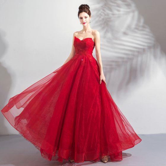 Stylowe / Modne Czerwone Sukienki Na Bal 2019 Princessa Kochanie Bez Rękawów Frezowanie Cekiny Długie Wzburzyć Bez Pleców Sukienki Wizytowe