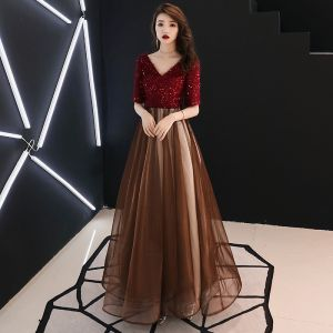 Modern / Fashion Burgundy Evening Dresses  2019 A-Line / Princess V-Neck Tassel Sequins 1/2 Sleeves Backless Floor-Length / Long Formal Dresses