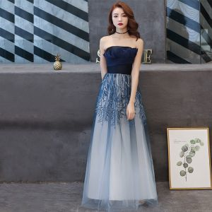 Chic / Beautiful Navy Blue Gradient-Color Evening Dresses  2019 A-Line / Princess Strapless Sleeveless Appliques Lace Floor-Length / Long Ruffle Backless Formal Dresses