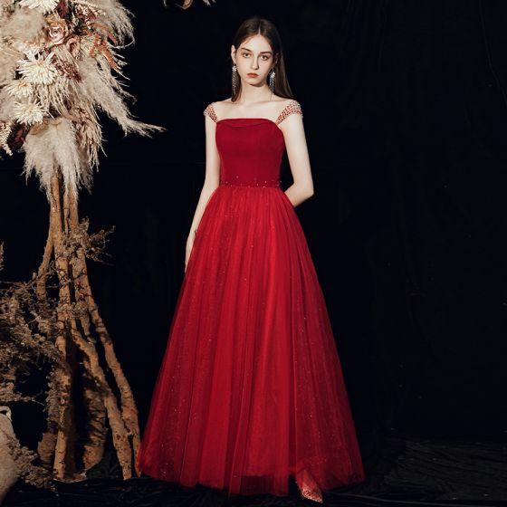 Schöne Rot Ballkleider 2020 A Linie Schultern Ärmellos Perlenstickerei Glanz Tülle Lange Rüschen Rückenfreies Festliche Kleider