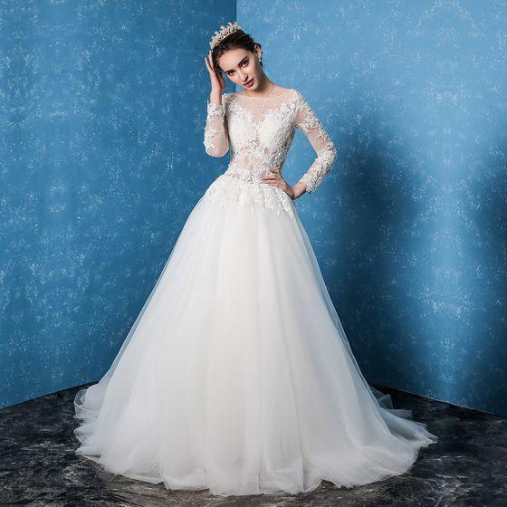 Enkla Vit Bröllopsklänningar 2017 Prinsessa Urringning Långärmad Halterneck Appliqués Spets Svep Tåg