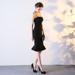 Mode Partykleider 2017 Schwarz Knielang Mermaid Herz-Ausschnitt Ärmellos Rückenfreies Festliche Kleider