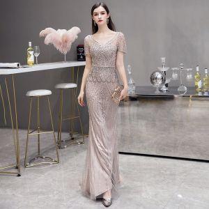 High End Champagner Durchsichtige Abendkleider 2020 Meerjungfrau Eckiger Ausschnitt Ärmellos Handgefertigt Perlenstickerei Sweep / Pinsel Zug Festliche Kleider