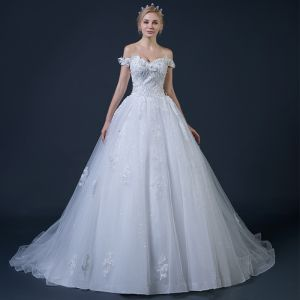 Affordable White Wedding Dresses 2018 Ball Gown Off-The-Shoulder Short Sleeve Backless Beading Appliques Lace Glitter Tulle Ruffle Chapel Train