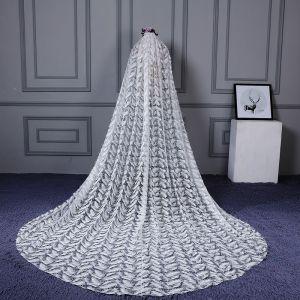 Mooie / Prachtige Witte Cathedral Train Bruidssluier Tule Appliques Veer Huwelijk 2018