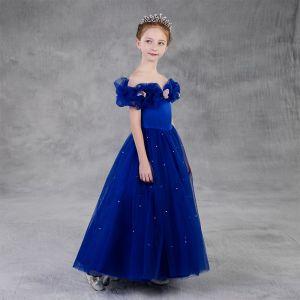 Aschenputtel Königliches Blau Geburtstag Blumenmädchenkleider 2020 Prinzessin Off Shoulder Kurze Ärmel Rückenfreies Applikationen Schmetterling Perlenstickerei Perle Lange Rüschen