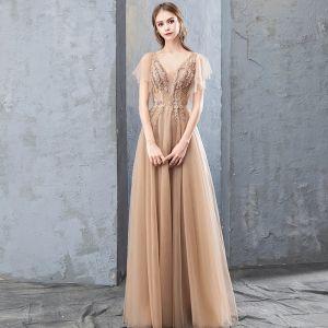 Elegante Champagner Abendkleider 2019 A Linie Spitze Blumen Applikationen Strass Pailletten V-Ausschnitt Kurze Ärmel Rückenfreies Lange Festliche Kleider