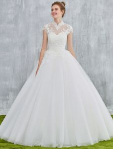 Elegant Wedding Dresses 2017 Vintage Neckline Applique Lace And Sequin White Tulle Bridal Gowns