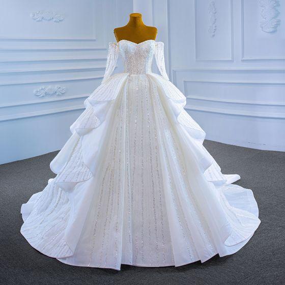 Luksusowe Białe ślubna Suknie Ślubne 2021 Suknia Balowa Przy Ramieniu Długie Rękawy Bez Pleców Frezowanie Cekiny Trenem Kaplica Wzburzyć