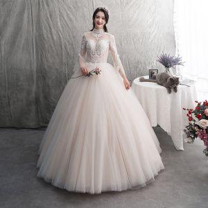 Elegante Champagner Brautkleider / Hochzeitskleider 2019 A Linie Rundhalsausschnitt Spitze Blumen Rückenfreies Lange Ärmel Plissee Lange Hochzeit