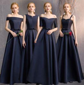 Sencillos Marino Oscuro A-Line / Princess Vestidos De Damas De Honor 2019 Bowknot Sin Espalda Largos Vestidos para bodas