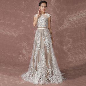 Romantique Plage Champagne Robe De Mariée 2017 Princesse Manches Courtes Encolure Dégagée Appliques En Dentelle Train De Balayage