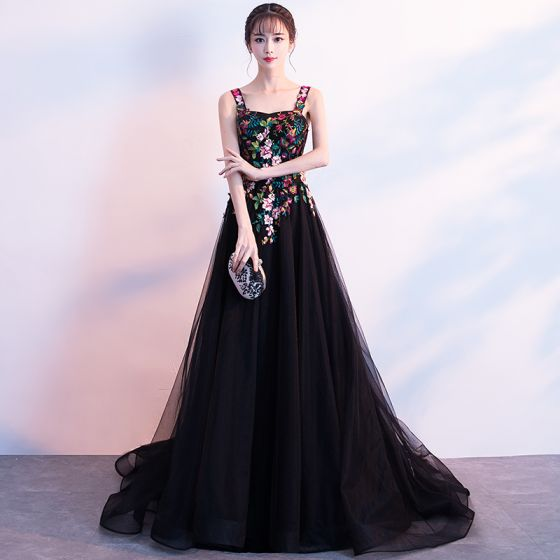 Colored Black Evening Dresses  2018 A-Line / Princess Shoulders Sleeveless Appliques Lace Embroidered Sweep Train Ruffle Backless Formal Dresses