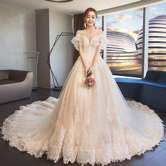 Elegante Champán Transparentes Vestidos De Novia 2019 A-Line / Princess Scoop Escote Hinchado Manga Corta Sin Espalda Apliques Con Encaje Cathedral Train Ruffle