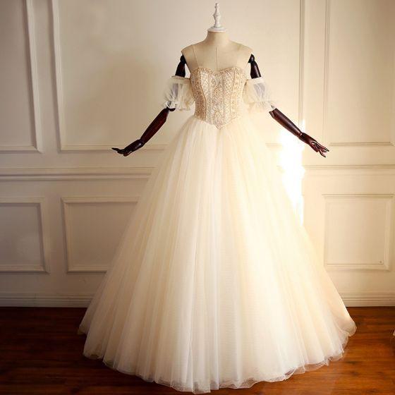 Lyx Guld Bröllopsklänningar 2018 Prinsessa Av Axeln Älskling Korta ärm Halterneck Pärla Beading Långa Ruffle