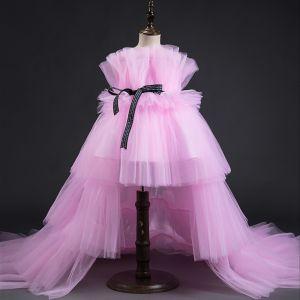 Haute Basse Rose Bonbon Robe Ceremonie Fille 2019 Princesse Encolure Carrée Sans Manches Ceinture Volants en Cascade Robe Pour Mariage