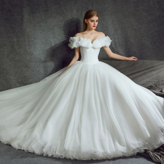 Stunning Cinderella Wedding Dresses 2017 A-Line / Princess Off-The-Shoulder Short Sleeve Butterfly Backless Ruffle White Organza Chapel Train