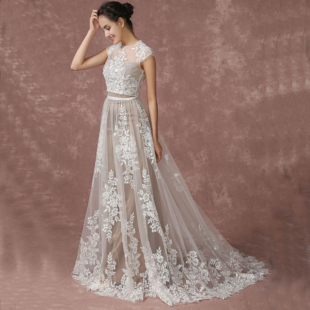 Romantic Beach Champagne Wedding Dresses 2017 A-Line / Princess Short Sleeve Scoop Neck Appliques Lace Sweep Train