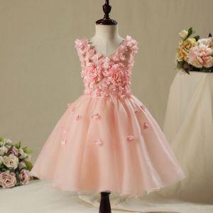 Schöne Saal Kleider Für Hochzeit 2017 Mädchenkleider Perle Rosa Kurze Ballkleid Fallende Rüsche V-Ausschnitt Ärmellos Applikationen Blumen