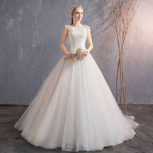 Eleganta Elfenben Bröllopsklänningar 2019 Prinsessa Spets Appliqués Beading Paljetter Urringning Ärmlös Halterneck Domstol Tåg