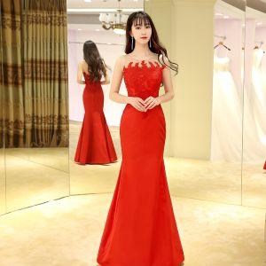 Chinesischer Stil Rot Abendkleider 2017 Mermaid Lange Rundhalsausschnitt Ärmellos Mit Spitze Applikationen Durchbohrt Festliche Kleider