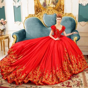 Classic Vintage / Retro Red Wedding Dresses 2019 Princess Square Neckline Puffy Short Sleeve Backless Appliques Lace Rhinestone Chapel Train Ruffle