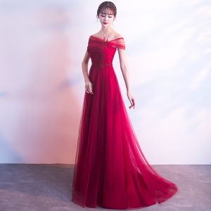Charming Burgundy Evening Dresses  2019 A-Line / Princess Off-The-Shoulder Beading Lace Flower Sleeveless Backless Sweep Train Formal Dresses