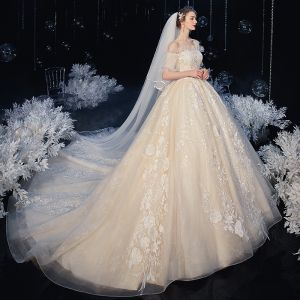 Victorian Style Ivory Bridal Wedding Dresses 2020 Ball Gown Off-The-Shoulder Puffy Short Sleeve Backless Flower Appliques Lace Beading Cathedral Train Ruffle