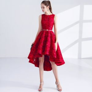 Chic / Beautiful Red Cocktail Dresses 2017 A-Line / Princess Metal Sash Embroidered Scoop Neck Sleeveless Asymmetrical Formal Dresses