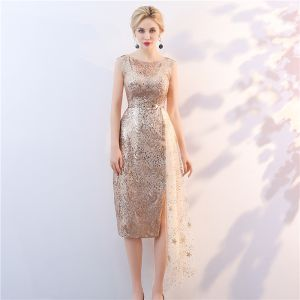 Sparkly Gold Sequins Mother Of The Bride Dresses 2018 Scoop Neck Sleeveless Metal Sash Split Front Tea-length Wedding Party Dresses