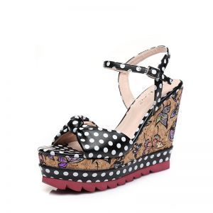 Chic / Beautiful Outdoor / Garden Womens Sandals 2017 PU Bow Wedges High Heel Open / Peep Toe Sandals