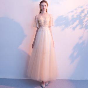Elegante Champagner Abendkleider 2019 A Linie Rundhalsausschnitt Spitze Blumen Kurze Ärmel Rückenfreies Lange Festliche Kleider
