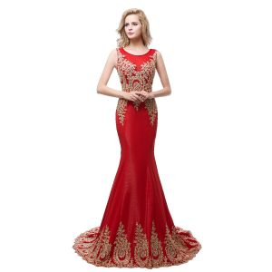 Chic / Beautiful Red Evening Dresses  2018 Trumpet / Mermaid Scoop Neck Sleeveless Gold Appliques Lace Rhinestone Sweep Train Ruffle Formal Dresses