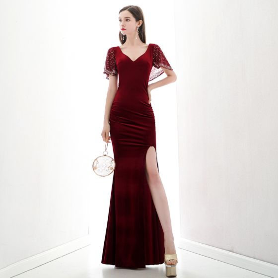 Chic / Beautiful Red Suede Evening Dresses  2020 Trumpet / Mermaid V-Neck Short Sleeve Rhinestone Split Front Floor-Length / Long Backless Formal Dresses