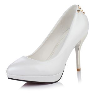 Fashion 4 Inch Stilettos Pumps White High Heels With Metal Rivet