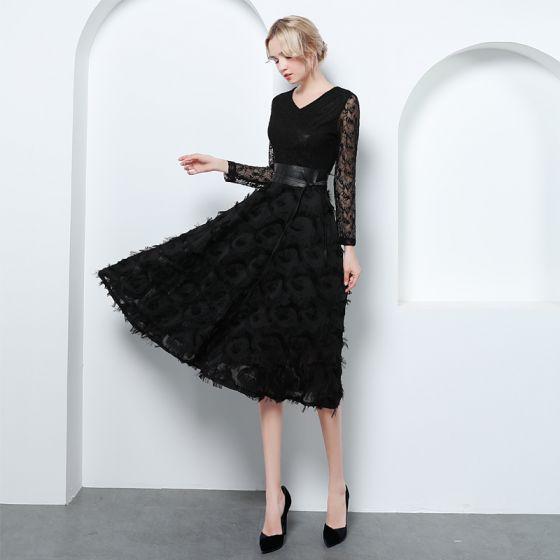 Elegant Svart Selskapskjoler 2019 Prinsesse V-Hals Blonder Dusk Sløyfe Langermede Knelengde Formelle Kjoler