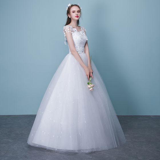 Erschwinglich Weiß Brautkleider 2018 Ballkleid Mit Spitze Applikationen Strass Rundhalsausschnitt Rückenfreies Kurze Ärmel Lange Hochzeit