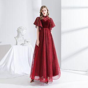 Elegantes Borgoña Vestidos de noche 2020 A-Line / Princess Suede Cuello Alto Manchado Manga Corta Sin Espalda Largos Vestidos Formales