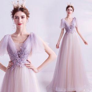 Elegante Violett Abendkleider 2020 A Linie V-Ausschnitt Rückenfreies Perle Kristall Pailletten Spitze Blumen Kurze Ärmel Lange Festliche Kleider