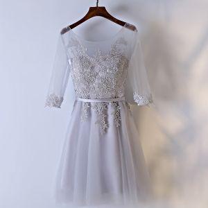 Hermoso Plata Vestidos para bodas Vestidos De Damas De Honor 2017 Con Encaje Flor De Tiras Sin Espalda Scoop Escote 3/4 Ærmer A-Line / Princess Cortos